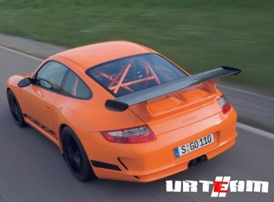 В Porsche увеличили мощность и цену 911 GT3 RS