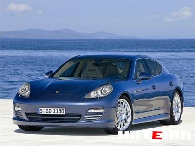 Новое поколение Porsche 911 штатно оборудуют KERS