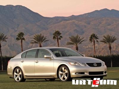 Lexus GS встанет в один ряд с BMW M5