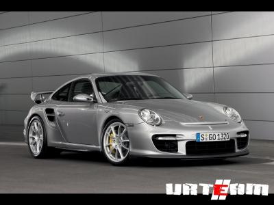 Mercedes-Benz превратит Porsche 911 в архаичный спорткар