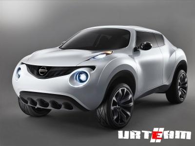 Nissan начинает тестировать электрический NV200