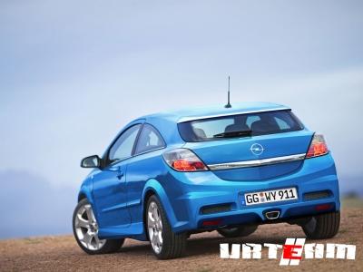 Спортивный Opel Astra OPC близок к дебюту