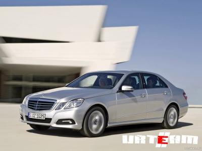 Mercedes отзывает проданные в России машины