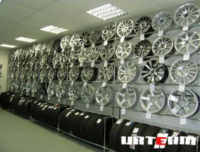 Особенности выбора литых дисков